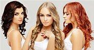 trzy kobiety o różnym kolorze włosów